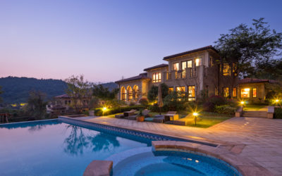 Luxury Pool Design Trends 2019