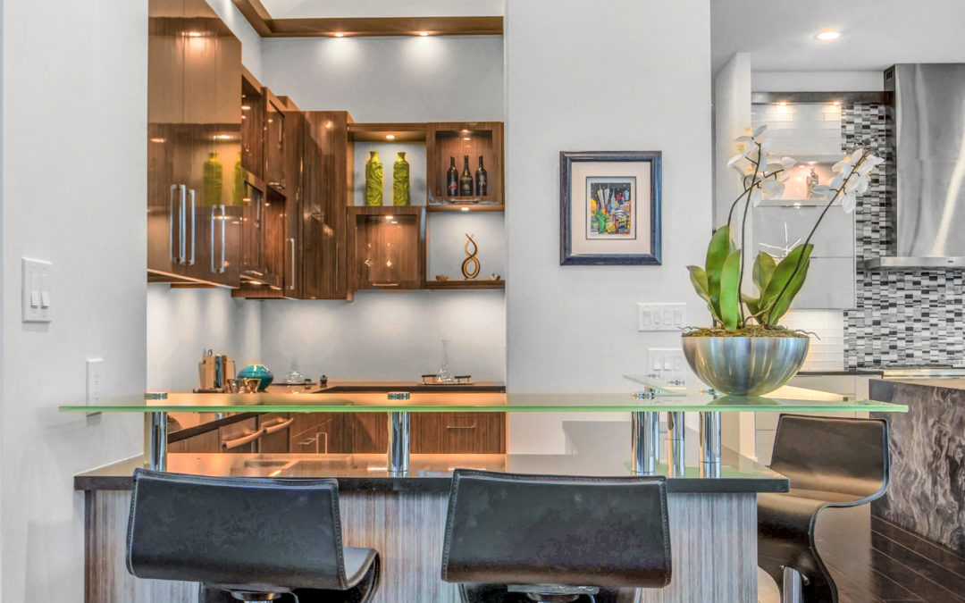 Must-Haves for a Custom Home Bar