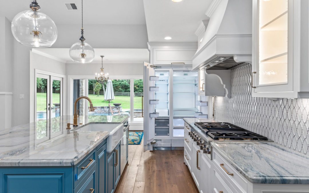 Why You Should Add a Walk-In Pantry to Your Custom Kitchen